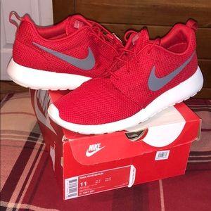 Men Nike Rosherun